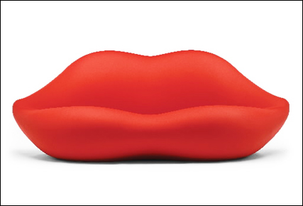 Lips triple seat sofa