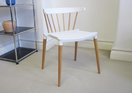Saloon chair in white