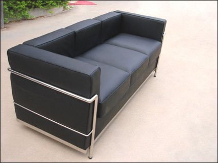Le Corbusier LC3 three seater sofa in black leather
