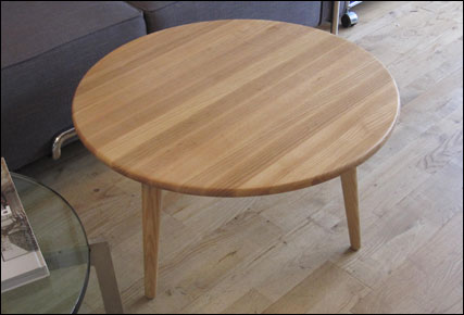 Poppy coffee table