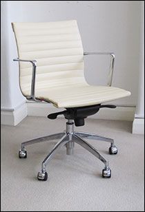 Aero-Deck low backed desk chair in ivory leather