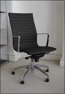 Aero-Deck high back ribbed desk chair in black