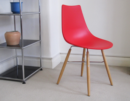 Crossbar chair in red