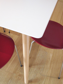 Florence square dining table leg detail