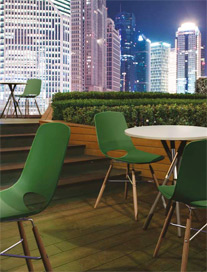 Ooland side chair in green
